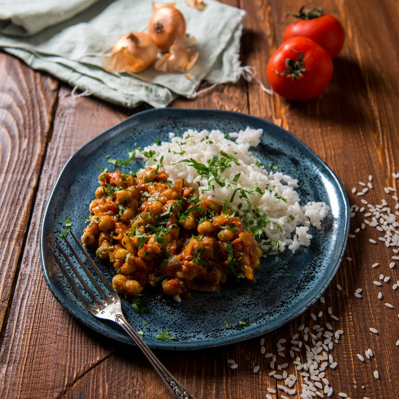 chickpea curry - natural plant-based protein